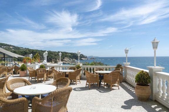 Quines preguntes fer-nos abans de triar un hotel amb encant a la Costa Brava?